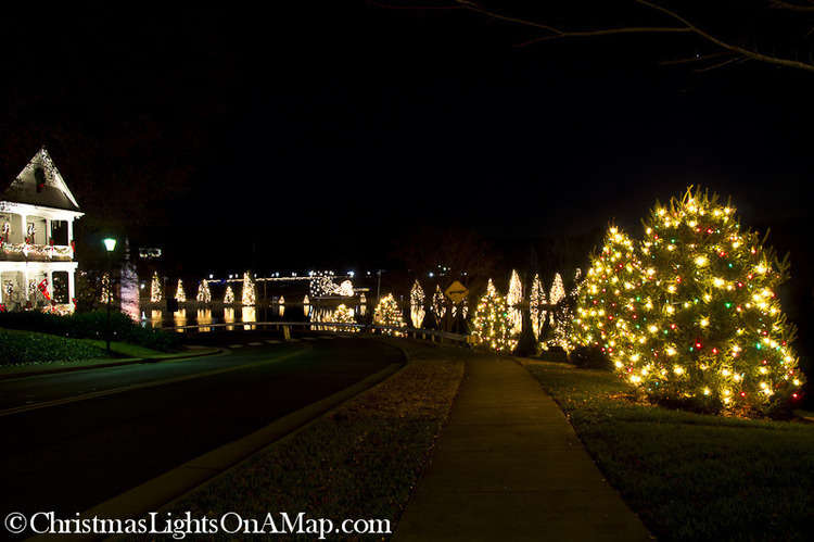 McAdenville Lake, Christmas Town USA