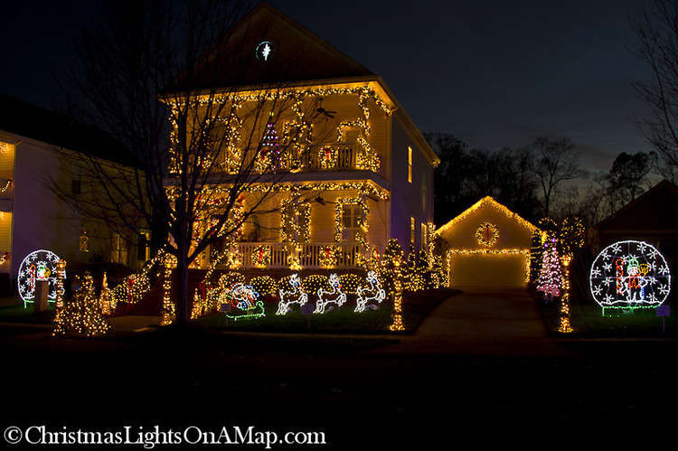 Christmas Town Usa.Christmas Lights On A Map In Mcadenville 124 Church St